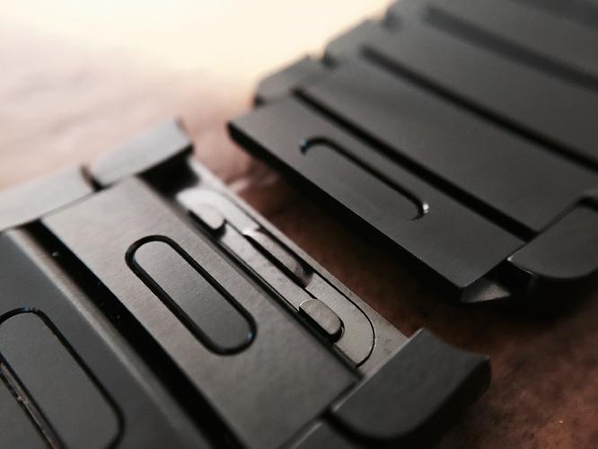 Review Space Black Steel Apple Watch With Link Bracelet
