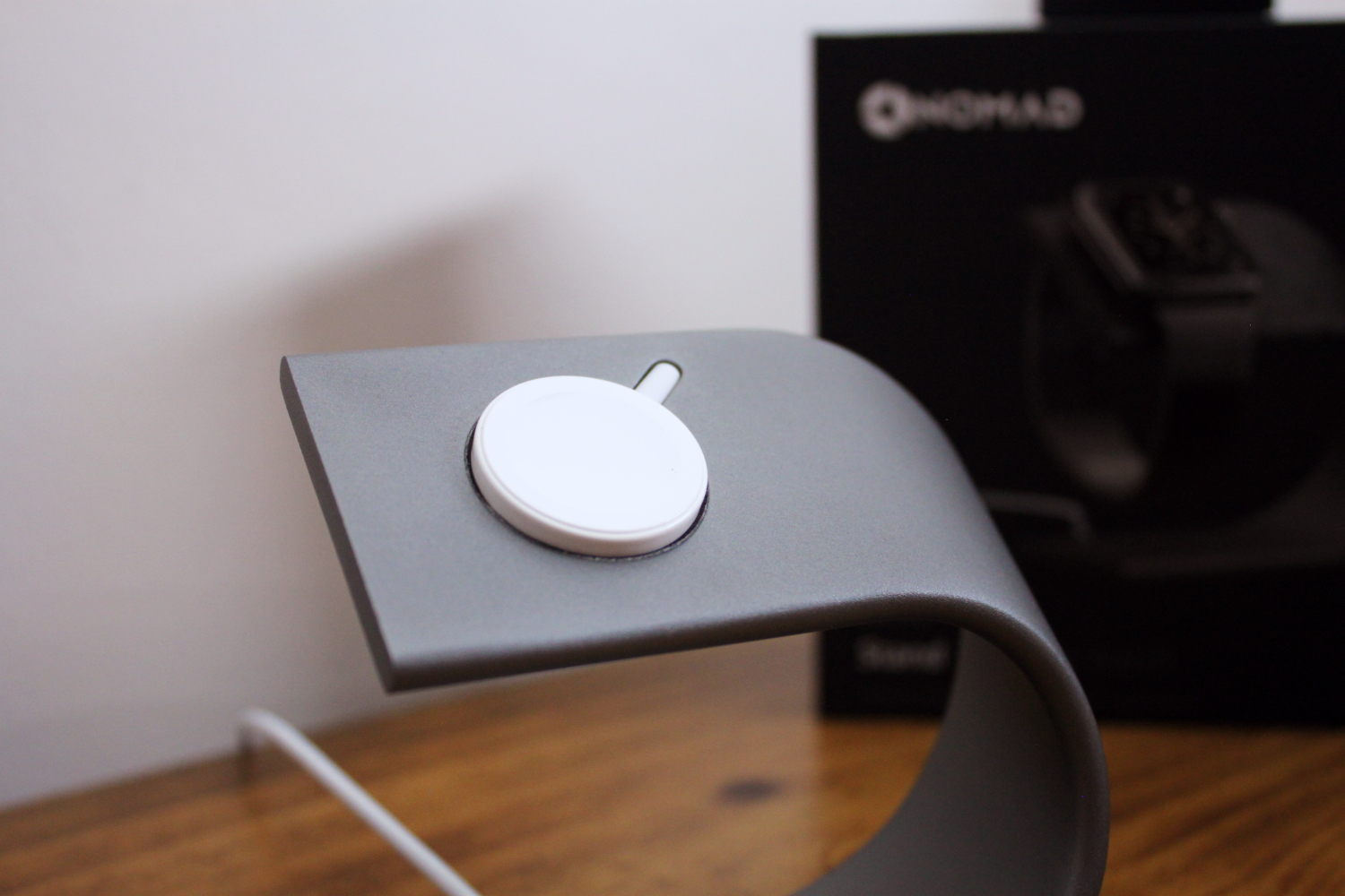 Nomad Apple Watch stand