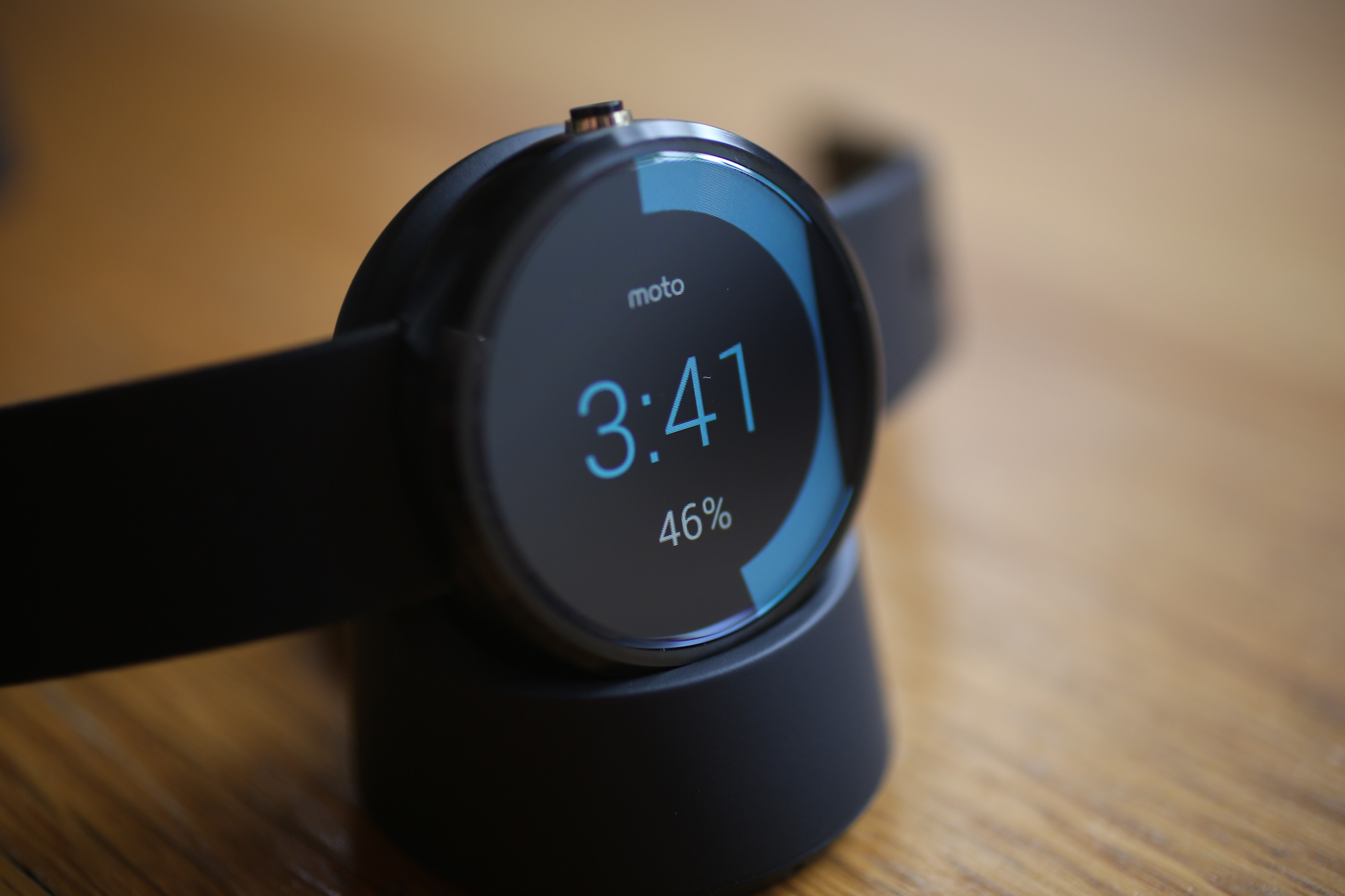 First-Generation Moto 360 Denied Android Wear 2.0 Update ...