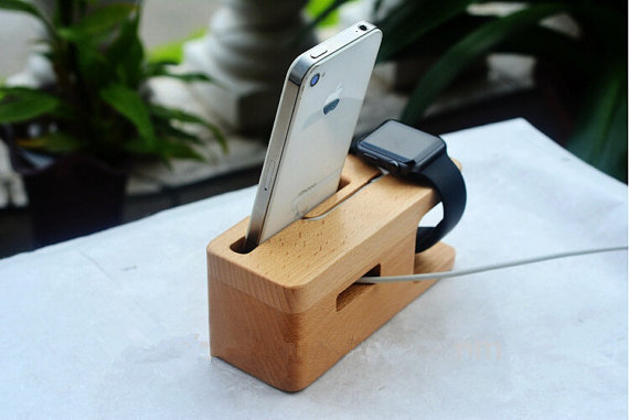 Dual iPhone apple watch dock